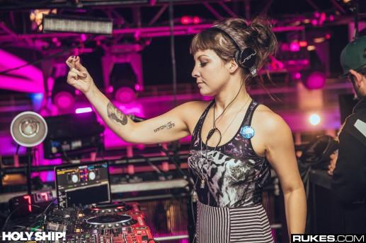 DJ Gina Turner